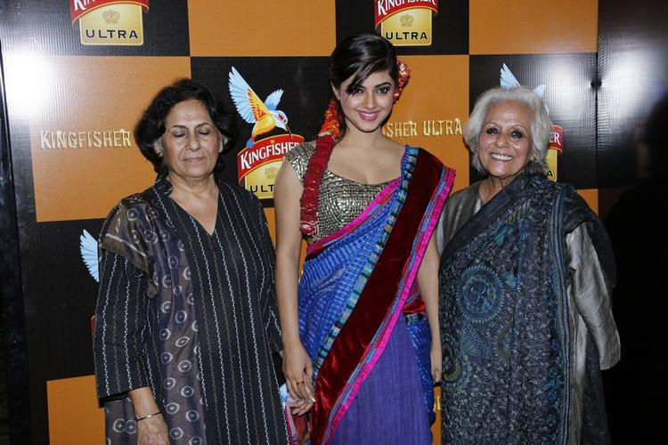 Meera With Guests Pose For Camera At Blenders Pride Hyderabad International Fashion Week