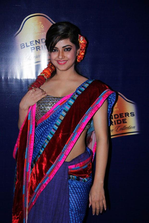Meera Looked Ravishing In A Blue Saree At Blenders Pride Hyderabad International Fashion Week