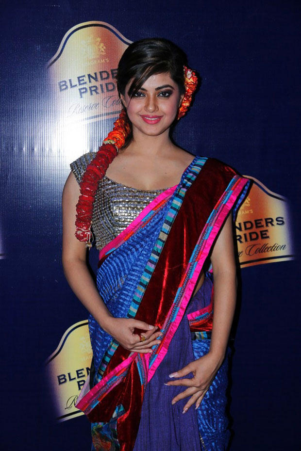 Meera Pose For Camera At Blenders Pride Hyderabad International Fashion Week