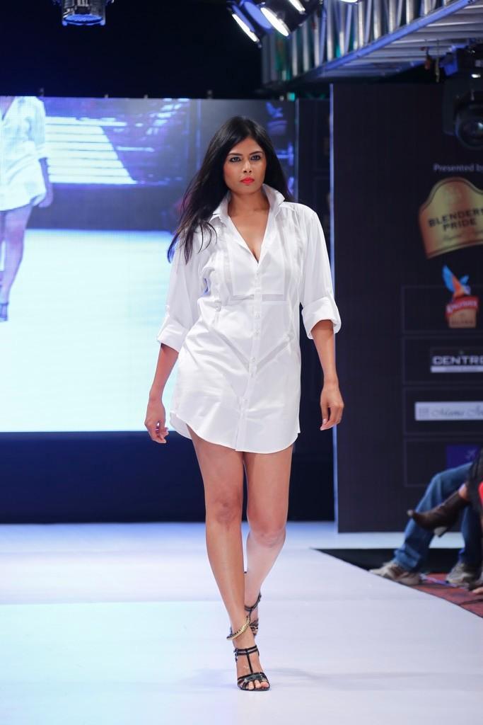 A Model Look Spicy On Ramp At Blenders Pride Hyderabad International Fashion Week