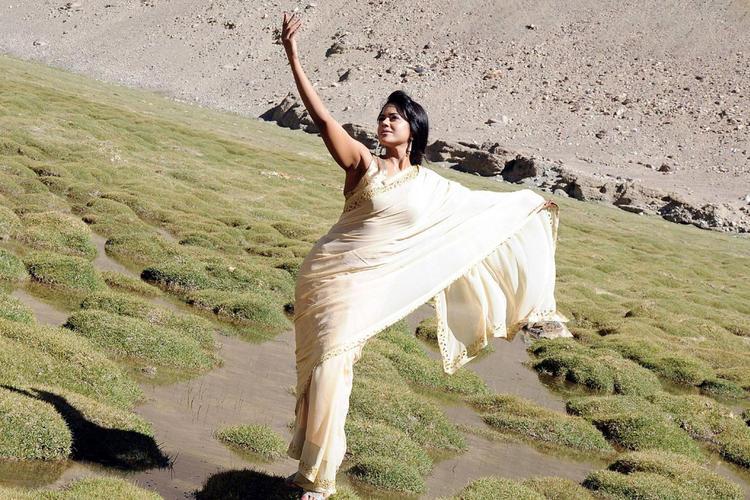 Sameera Reddy Dancing Pose Still