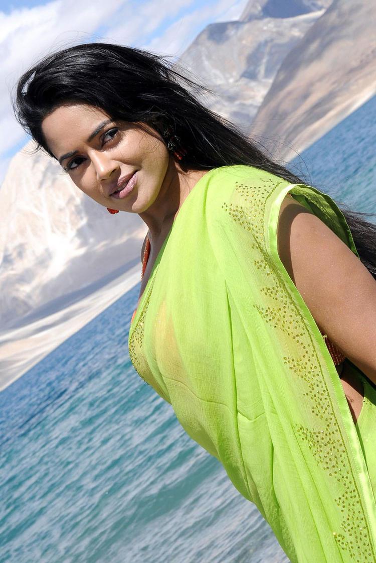 Sameera Reddy Dazzling Look Still