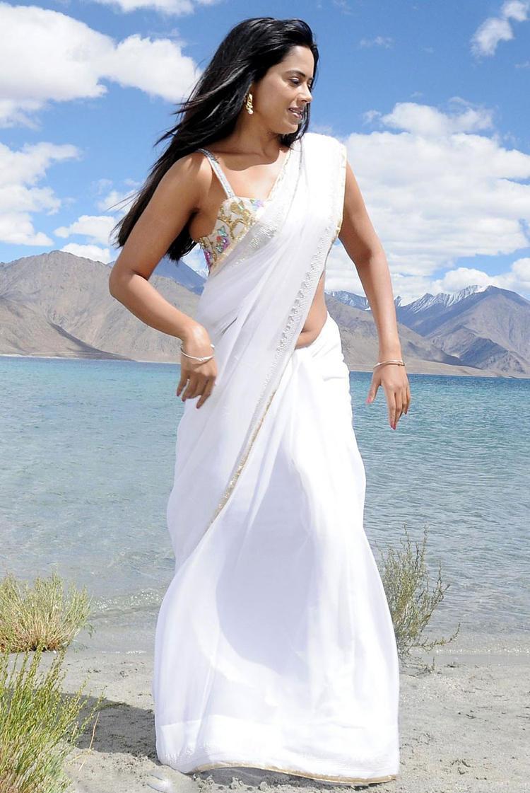 Sameera Reddy In White Saree Sexy Look Still