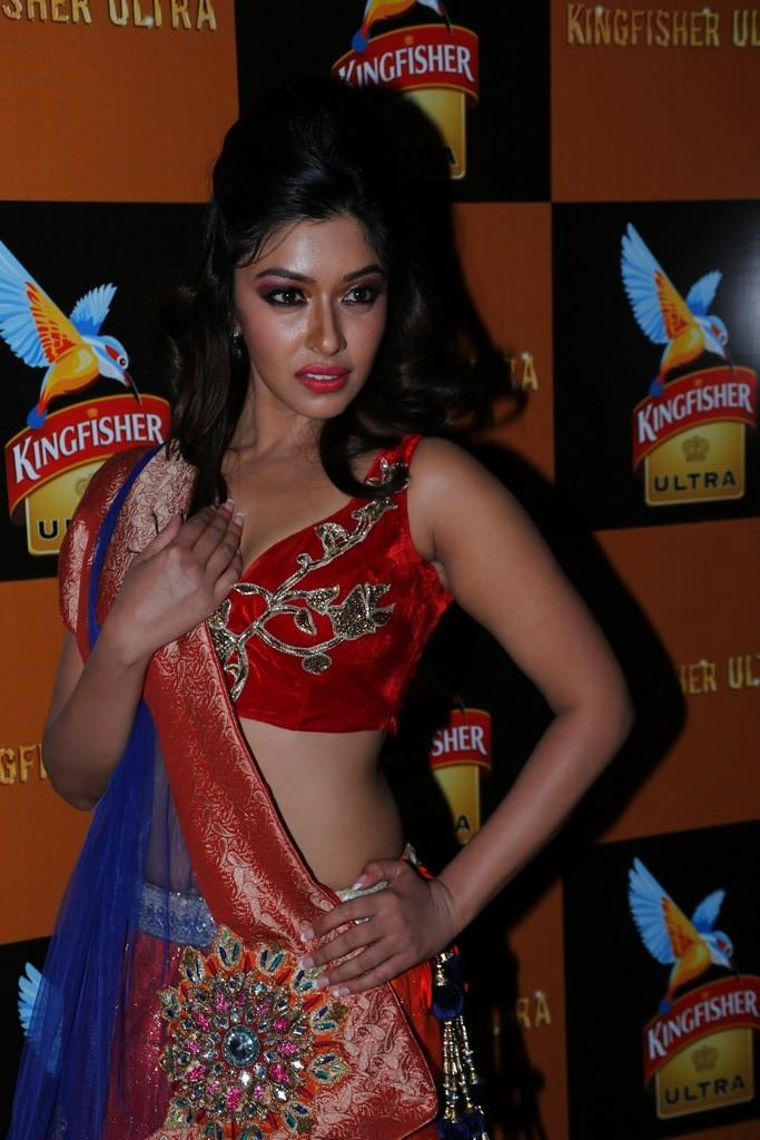 Payal Ghosh Sexy Look At Blenders Pride Fashion Week 2012 Day 3