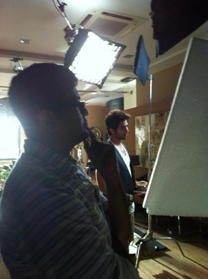 Shahid Kapoor Cool Still On The Sets Of New Bru Coffee Ad