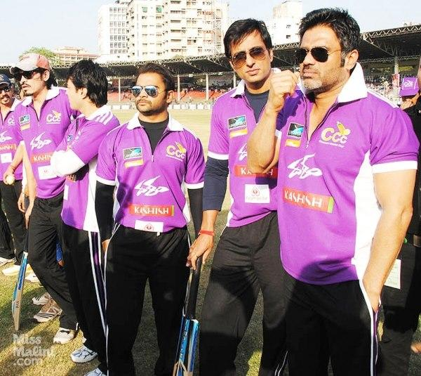Suniel Shetty And Sonu Sood During The Crescent Cricket Cup 2012