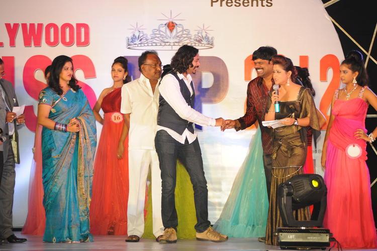 Raasi Snapped At Tollywood Miss AP 2012 Grand Final