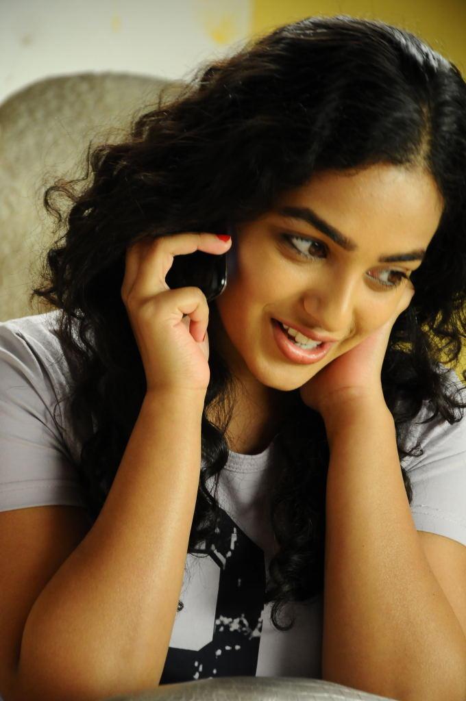 Nithya Menon Cute Look Photo From Movie Gunde Jaari Gallanthayyinde