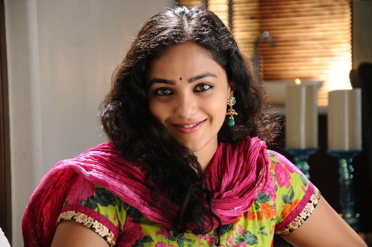 Nithya Menon Sizzling And Attractive Smiling Still From Movie Gunde Jaari Gallantha