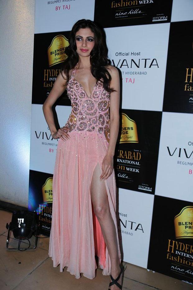 Simran Kaur Strikes A Sexy Pose At BPH International Fashion Week 2012