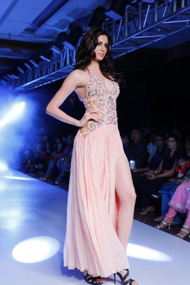 Simran Kaur Walks On Ramp At BPH International Fashion Week 2012