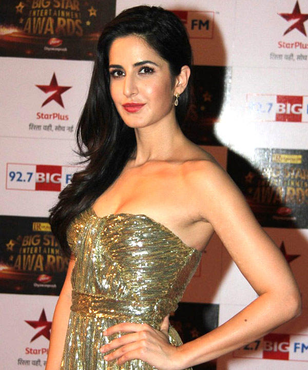 Katrina Kaif Hot Cleavage Photo In A Golden Gown At 92.7 BIG FM