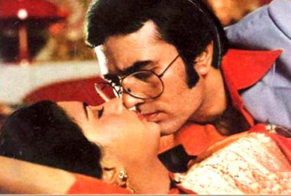 Rajesh Khanna And Poonam Dhillon Hot Scene From Red Rose Movie