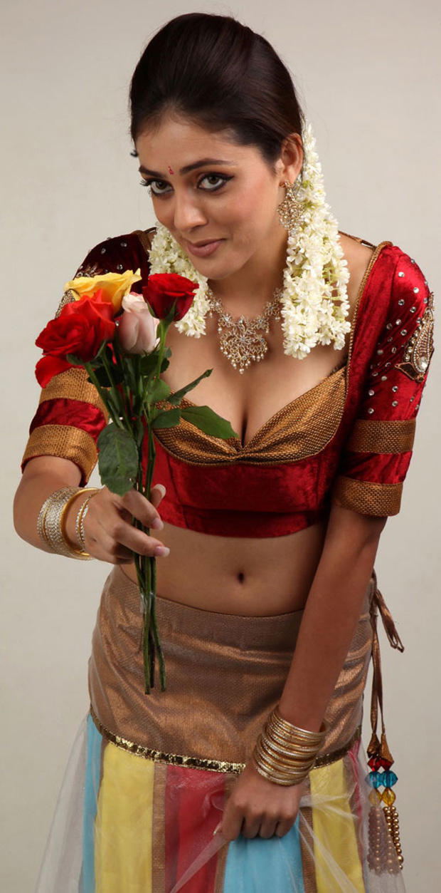 Parvati Melton Latest Spicy Look Still