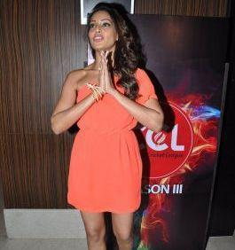 Bipasha In Greet Position Pose Photo At Celebrity Cricket League Press Conference