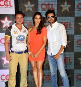 Sohail,Riteish And Bipasha Snapped At Celebrity Cricket League Press Conference