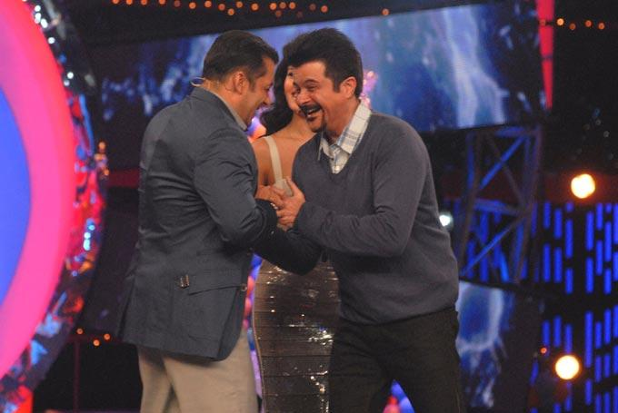 Salman And Anil Smiling Photo On The Sets Of Bigg Boss 6