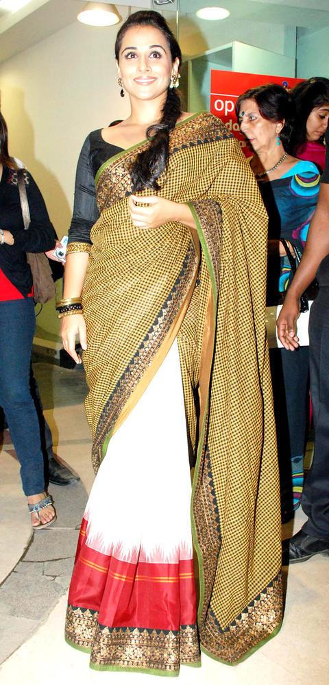 Vidya Balan In Saree Nice Look Still