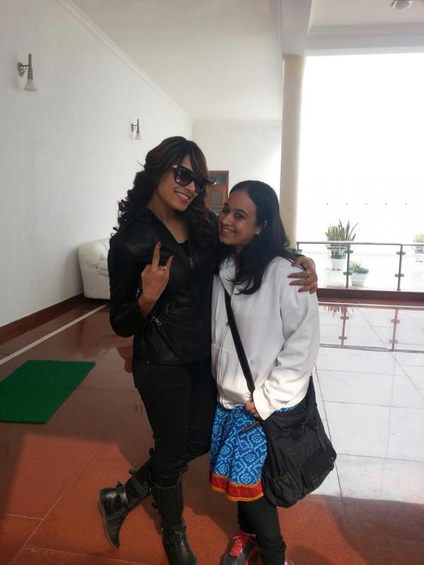 Bipasha Basu Posed With A Friend At Saifai Mahotsav 2012