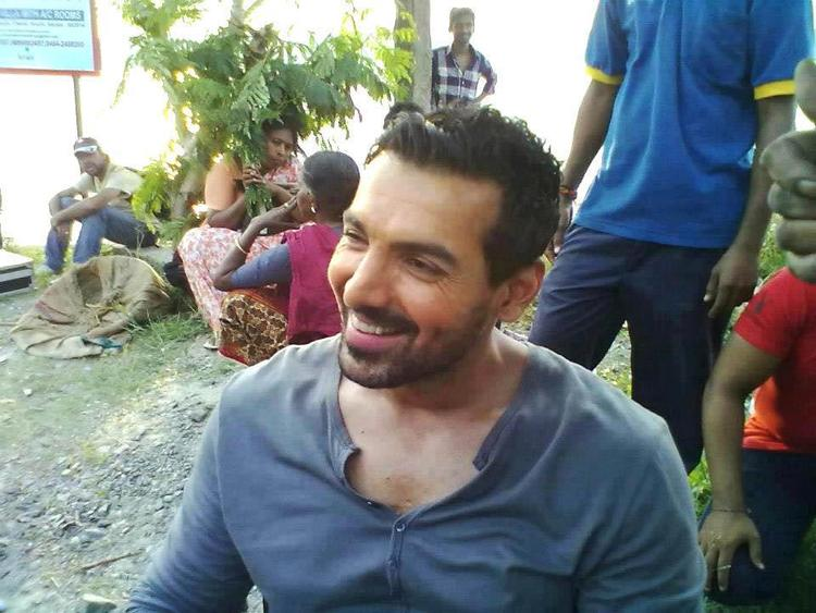 John Abraham Cute Smiling Still On The Sets Of Madras Cafe Movie