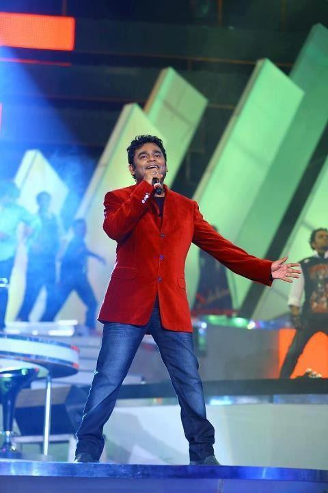 A. R. Rahman Performs Live Concert Thai Manne Vanakkam