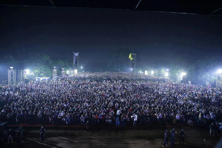 A Still Of Thai Manne Vanakkam A. R. Rahman Live Concert