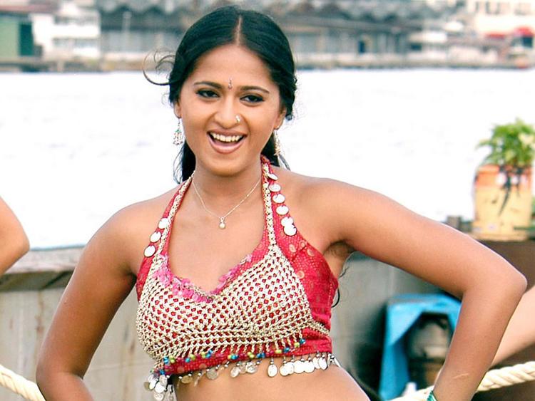 Anushka Shetty Cute Photo