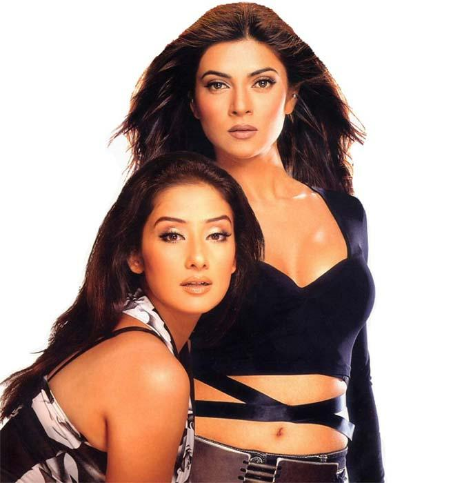 Manisha and Sushmita Glamour Wallpaper