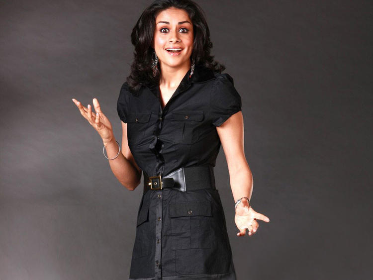 Gul Panag Latest Cute Sweet Look
