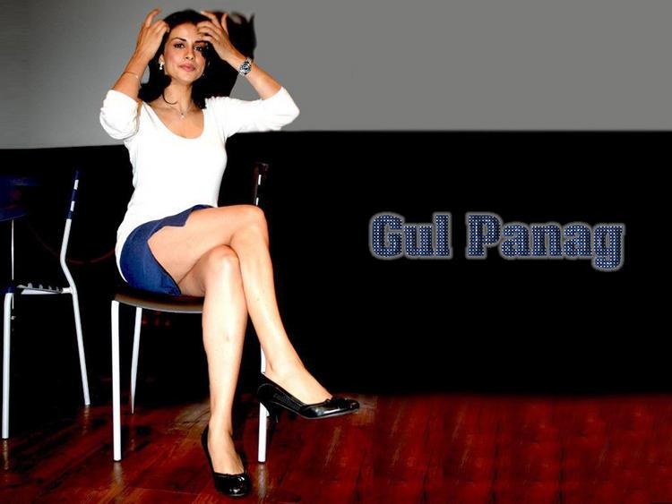 Gul Panag Milky Legs Pic Wallpaper