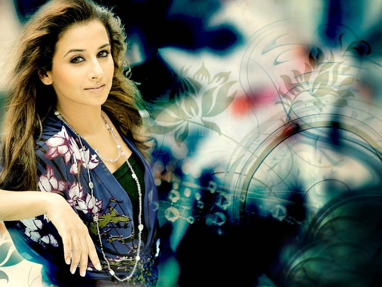 Vidya Balan Glorious Face Wallpaper