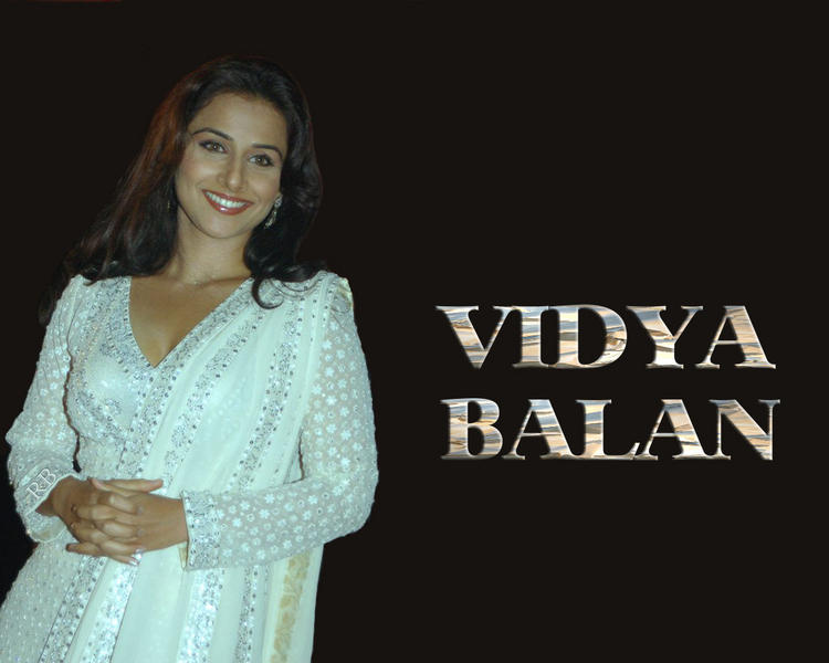Vidya Balan Salwar Suit Beauty Wallpaper