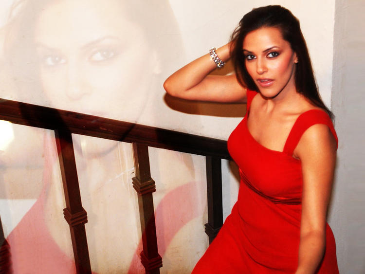 Beauty Queen Neha Dhupia Wallpapers