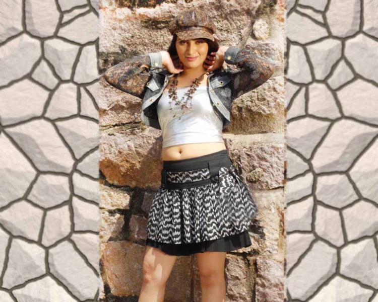 Navneet Kaur Mini Skirt Sexy Wallpaper
