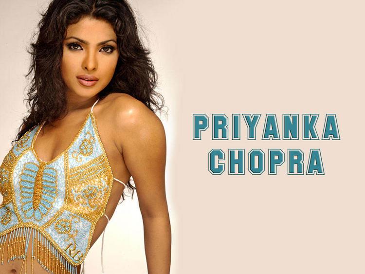 Priyanka Chopra Romantic Look Wallpaper