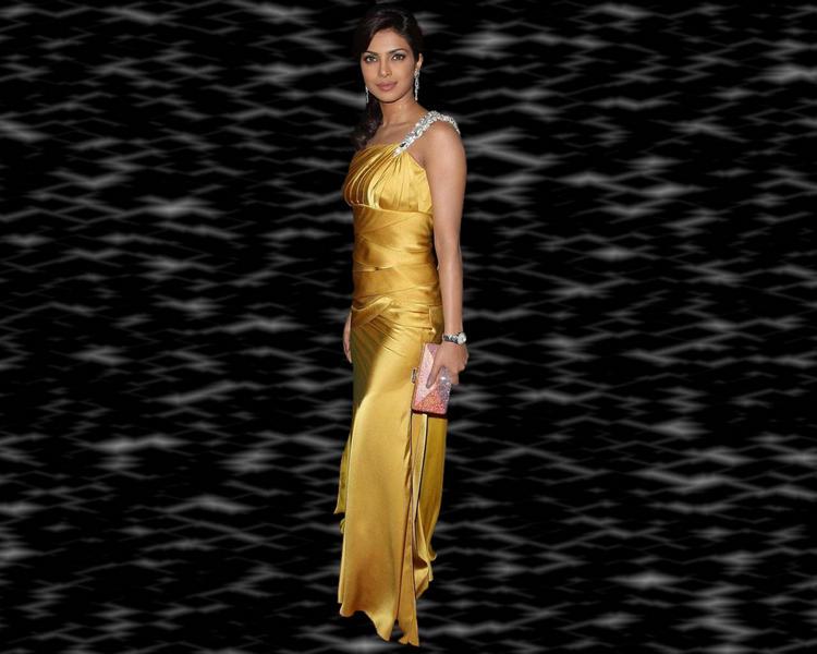 Priyanka Chopra Sexy dress Wallpaper