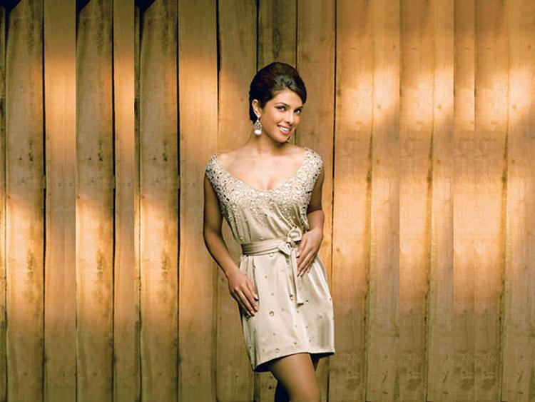 Priyanka Chopra Short Dress Cute Wallpaper