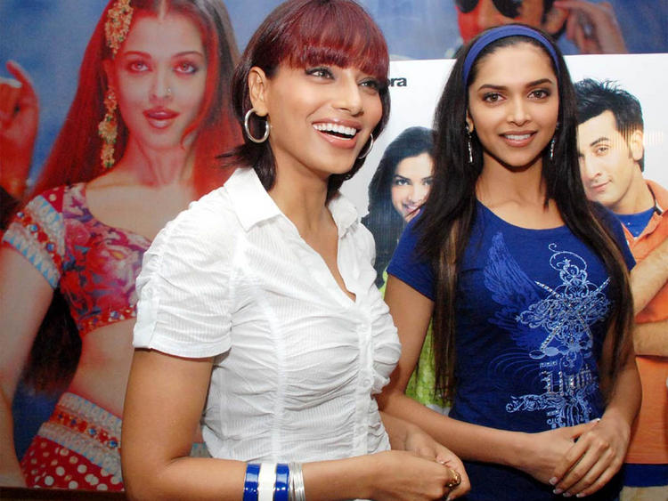 Deepika Padukone and Bipasha Basu Photo