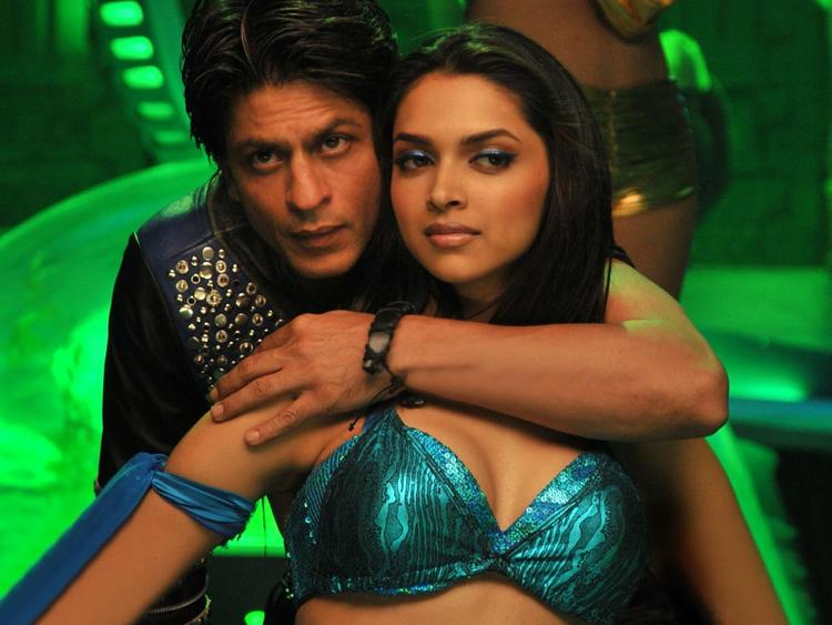 Deepika Padukone and Shahrukh Khan Latest Hot Still