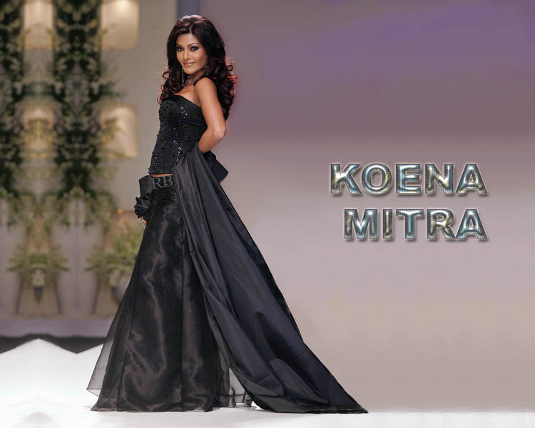Koena Mitra Amazing Gown Wallpaper