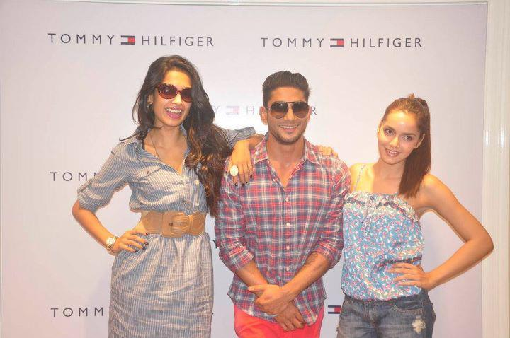 Prateik,Sarah Jane and Shazahn at Tommy Hilfiger Store Opening