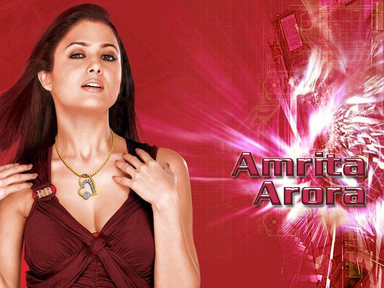 Amrita Arora Glamour Wallpaper