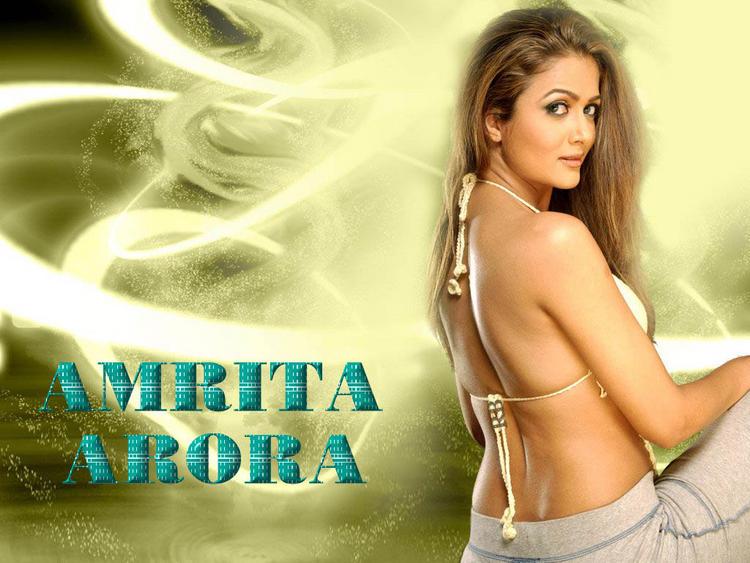 Amrita Arora Sexy Back Exposing Wallpaper
