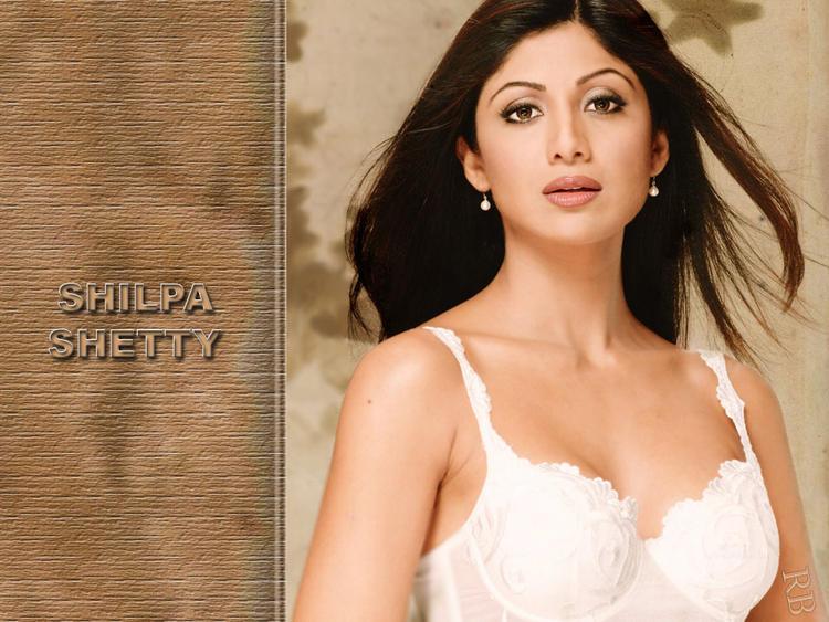 Shilpa Shetty White Bra Sexy Wallpaper