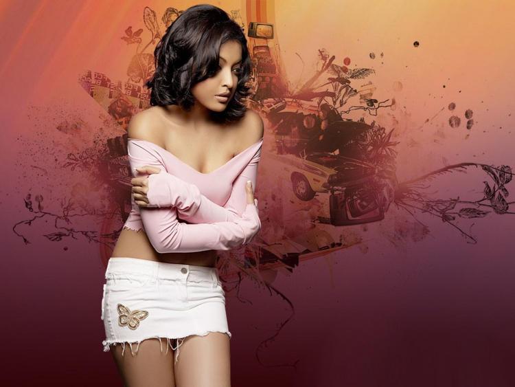Tanushree Dutta Mini Dress Romancing Wallpaper
