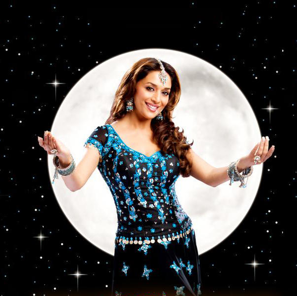 Dancing Queen Madhuri Dixit Wallpaper