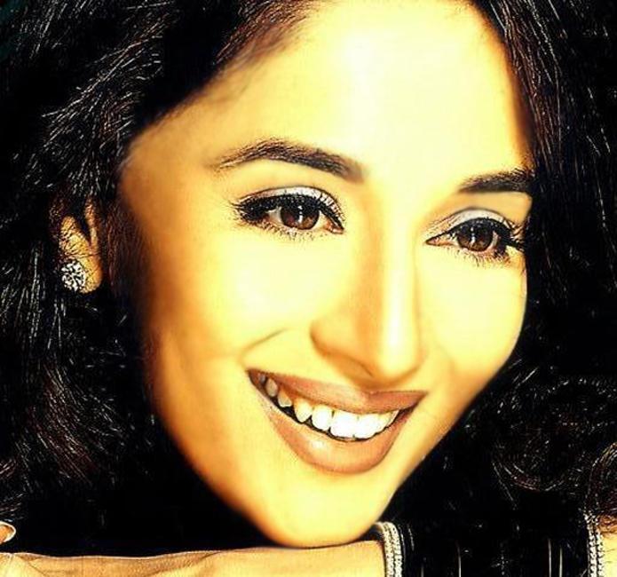 Madhuri Dixit Beauty Gorgeous Face Wallpaper