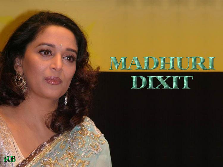 Madhuri Dixit Cute Close Up Pic