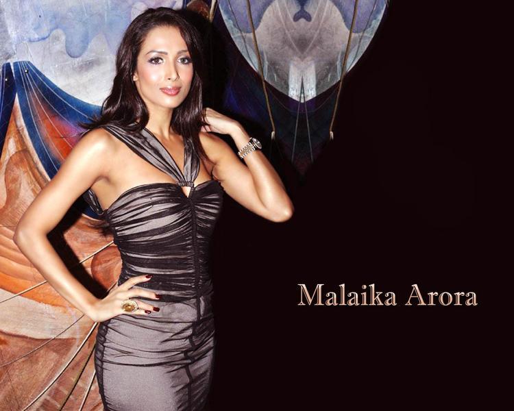 Malaika Arora Glamourous Wallpaper