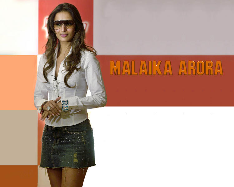 Malaika Arora Mini Skirt Stylist Wallpaper